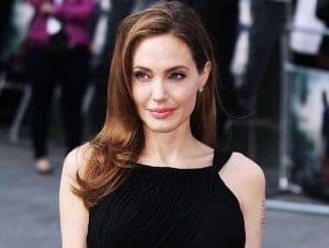 Анджелина Джоли блондинка? – фото со съемок актрисы в новом фильме