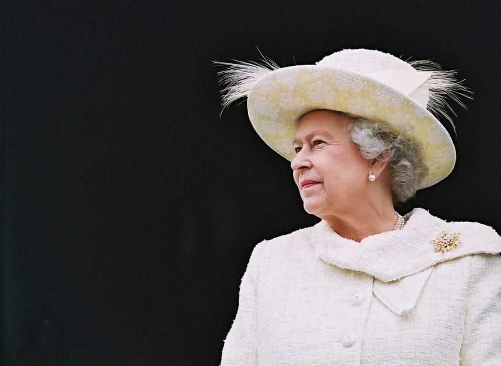 «Королева мира»: на экраны выйдет фильм о жизни Елизаветы II