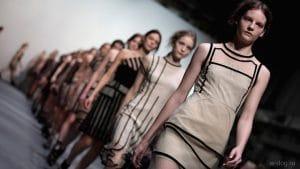 Названы основные оттенки в женских коллекциях весна-лето 2020