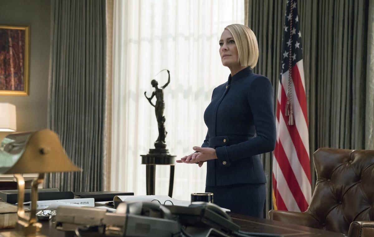 Робин Райт в роли президента «Карточного домика» в шестом сезоне