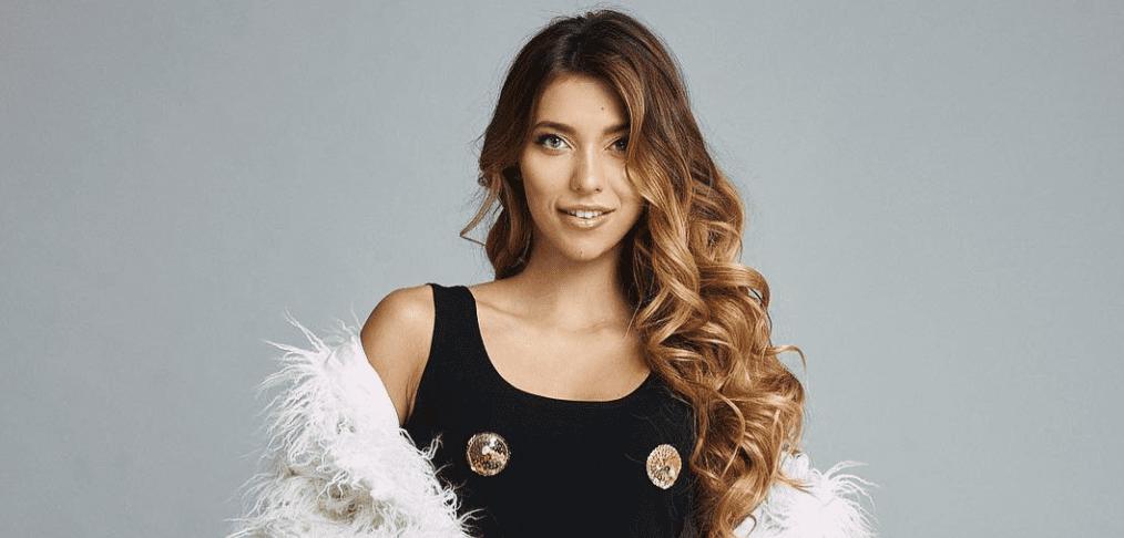Ведущая Регина Тодоренко перестала скрывать беременность