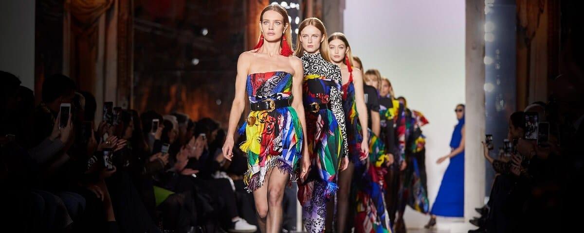 Камеру, определяющую бренд одежды на человеке, покажут на Неделе моды в Москве