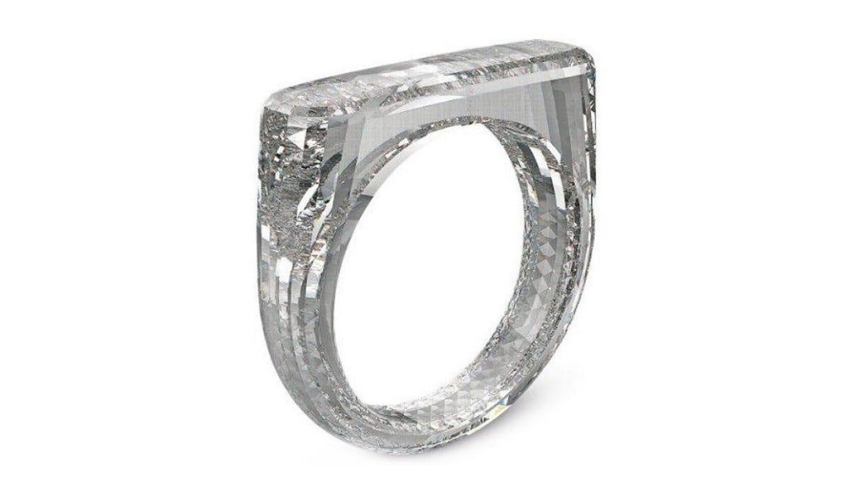 Первое в мире кольцо из цельного бриллианта создали в Америке