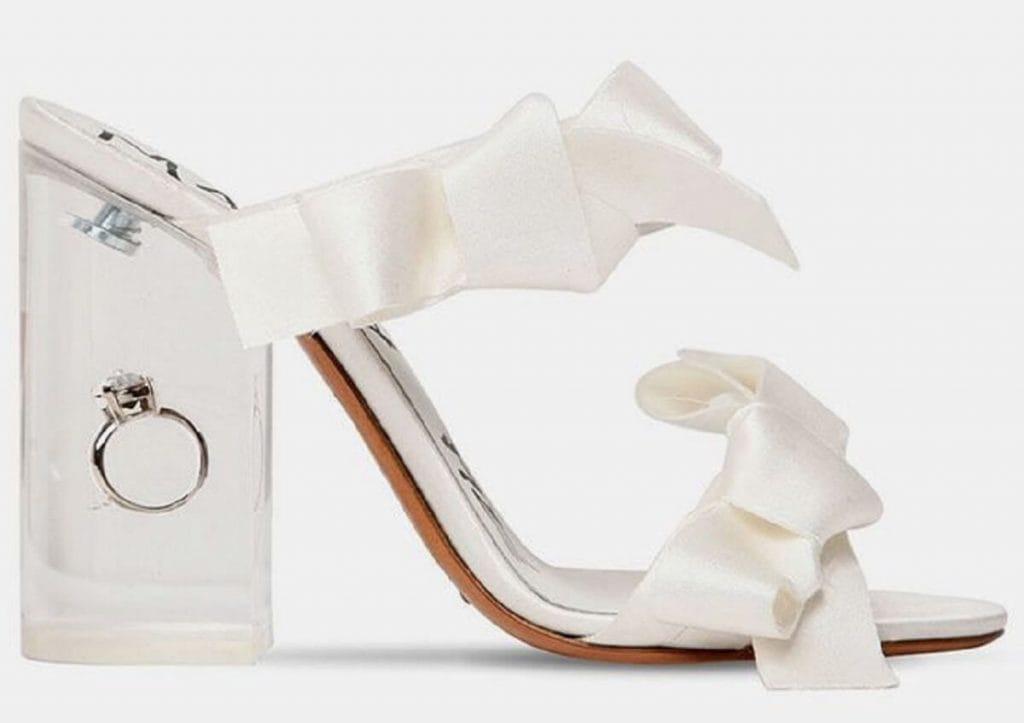 Бренд Maison Margiela создал особенную обувь для невест