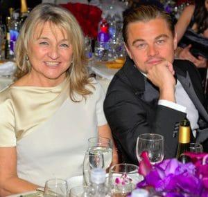 Спасибо, мама: за что звезды благодарны своим матерям