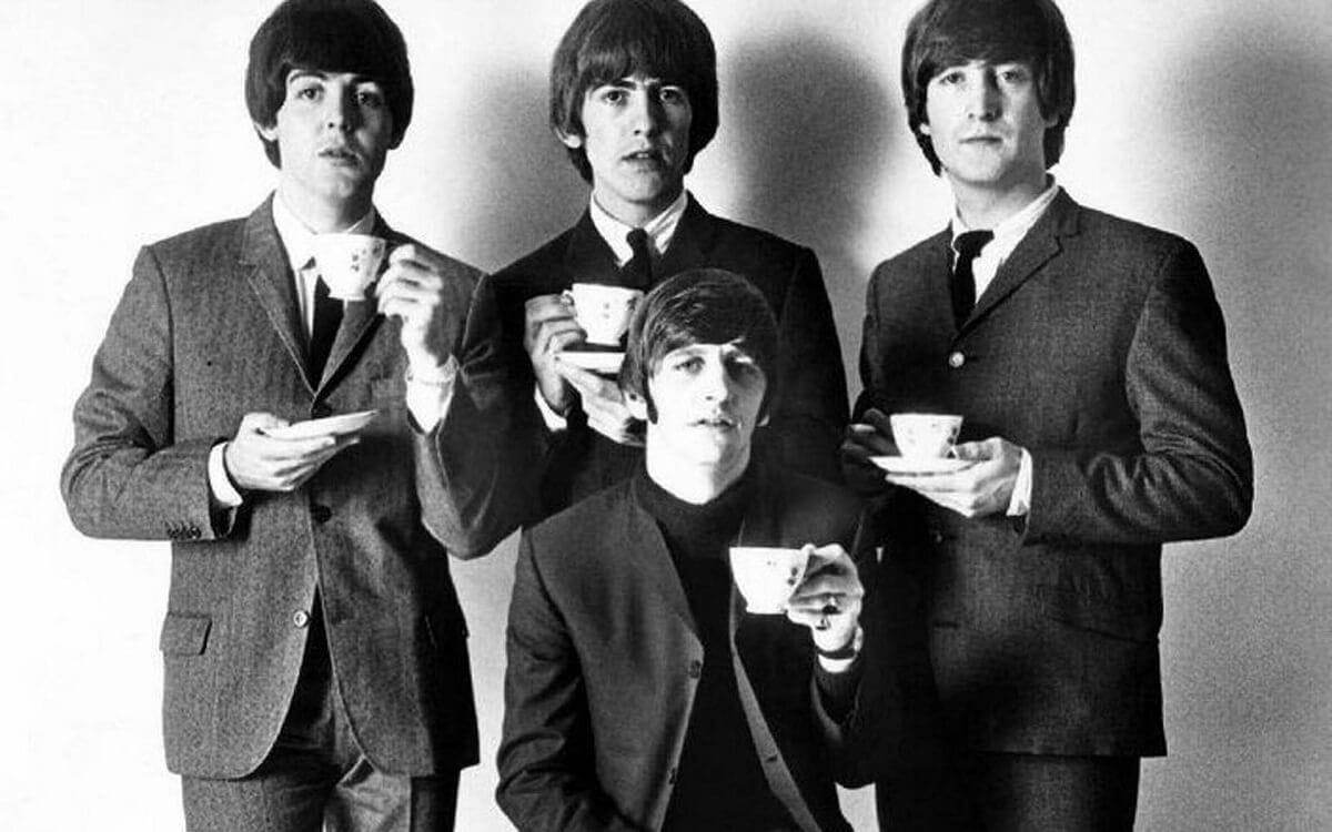 В сети запустили флешмоб, посвященный The Beatles