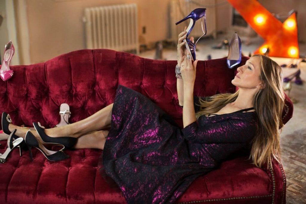 Бренд Manolo Blahnik перевыпустил туфли героинь из «Секса в большом городе»