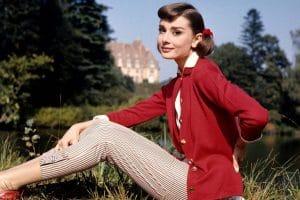 Одри Хепберн назвали главной законодательницей моды последних 100 лет