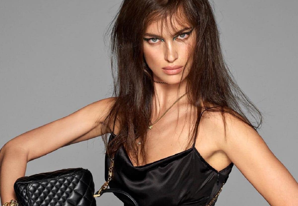 Российская модель Ирина Шейк снялась для новой коллекции Versace
