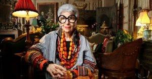 97-летний дизайнер Айрис Апфель стала моделью