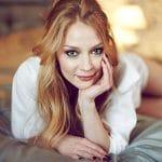 «Качаю пресс как сумасшедшая»: 5 секретов красоты Светланы Ходченковой