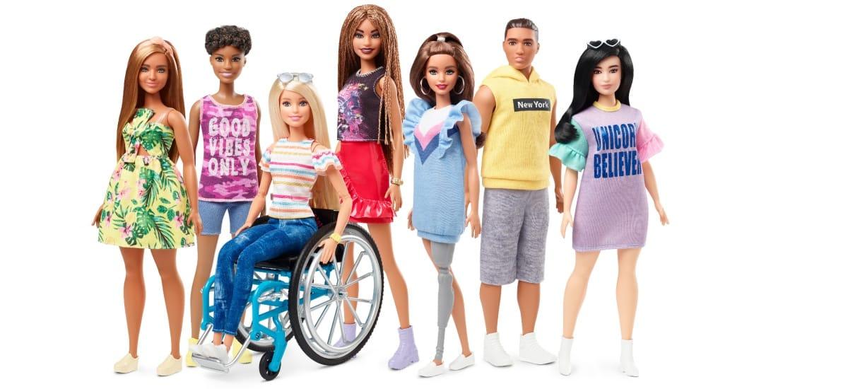 Mattel выпустит куклу Барби на инвалидной коляске