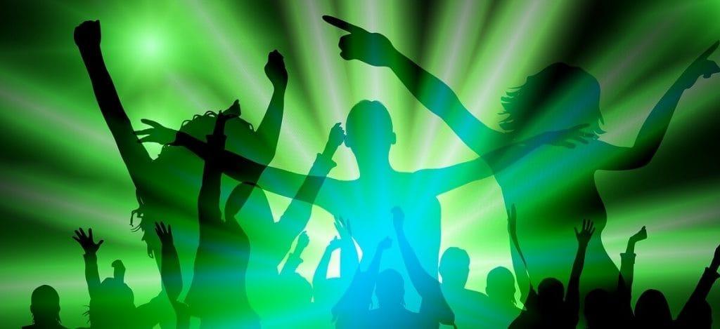 #Triangledance — новый танцевальный челлендж
