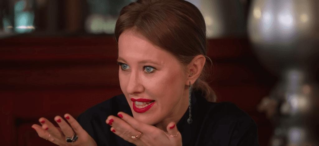 Ксения Собчак взяла интервью у феминисток