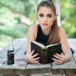10 вечных книг, которые должна прочесть каждая девушка