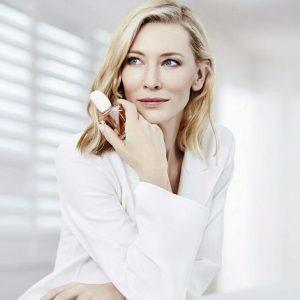 «Выглядеть моложе и выглядеть лучше – не одно и то же»: секреты красоты Кейт Бланшетт