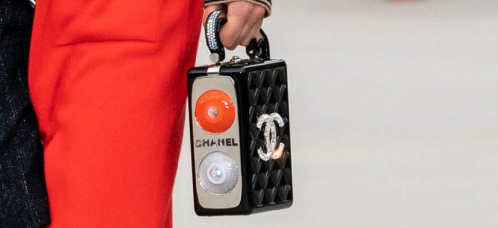 Wanted: сумка-колонка от Chanel