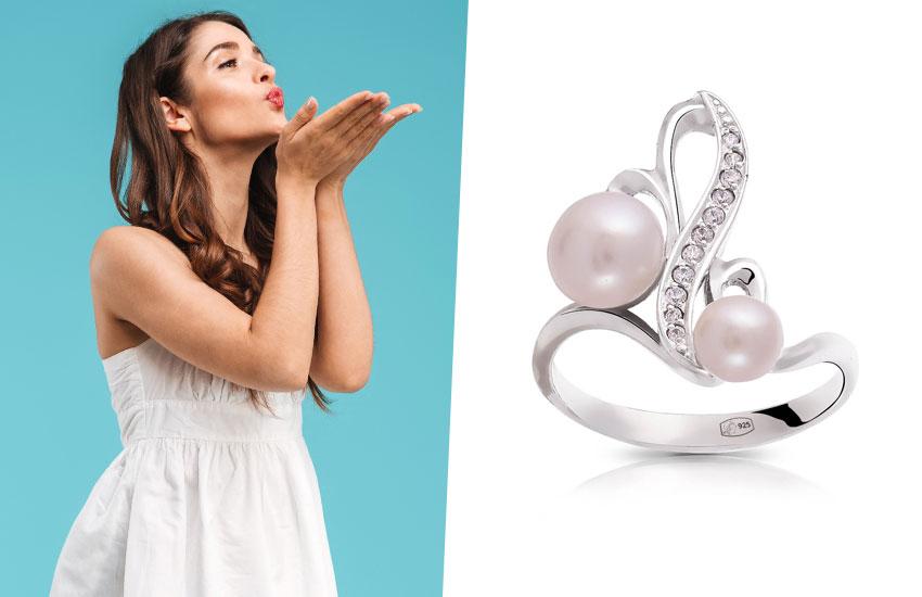 Девушка романтика талисман драгоценный камень удача в любви жемчуг