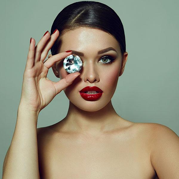Swarovski: кристаллы, которые хотят все модницы