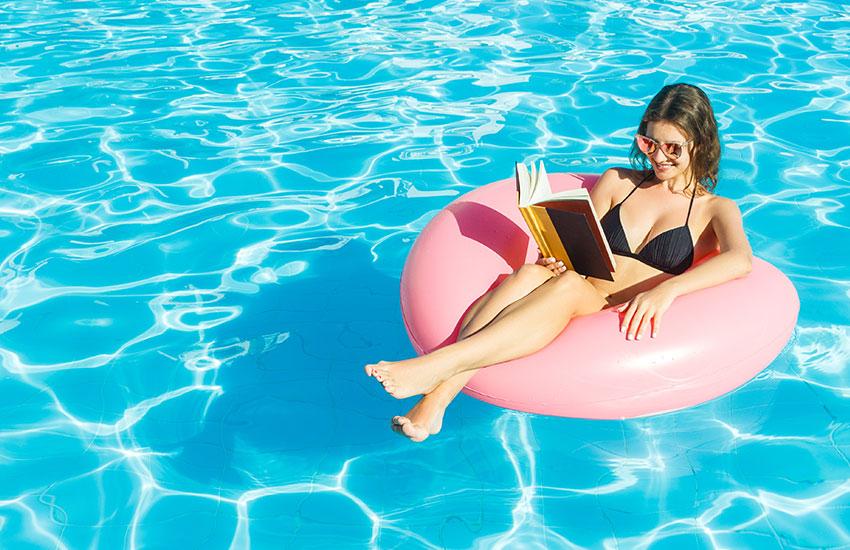 Что почитать в отпуске 5 книжных новинок