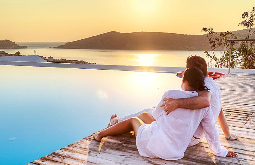 Мужчина женщина курортный роман отдых отношения