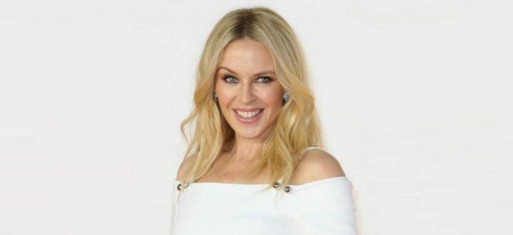 Кайли Миноуг запускает бренд косметики «Kylie»