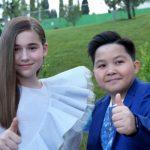 Финалисты шоу «Голос. Дети» Микелла Абрамова и Ержан Максим записали дуэт