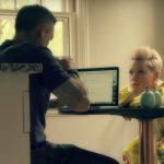 Пинк в новом видео «90 days»