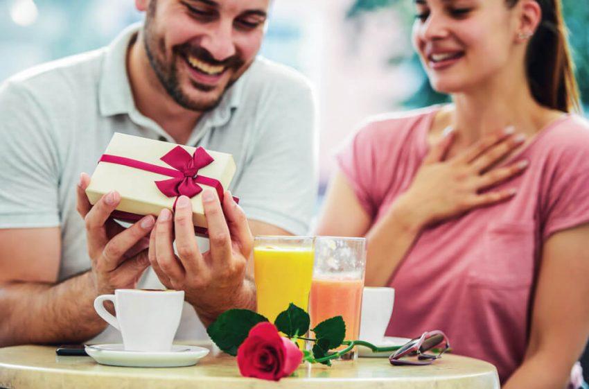 Как научить мужчину дарить подарки ювелирные украшения
