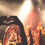 Работа твоей мечты: на фестиваль с миллионером