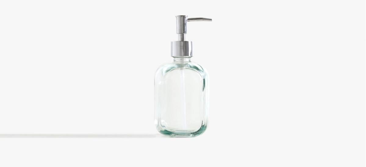 Бренд Zara Home выпустил коллекцию из переработанного стекла