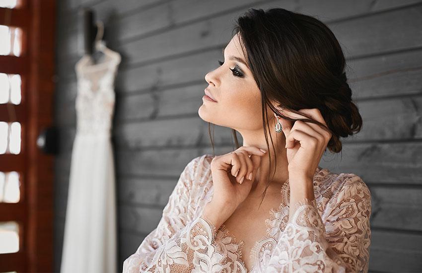 свадьба невеста тренды 2019 украшения аксессуары серьги свадебный стилист