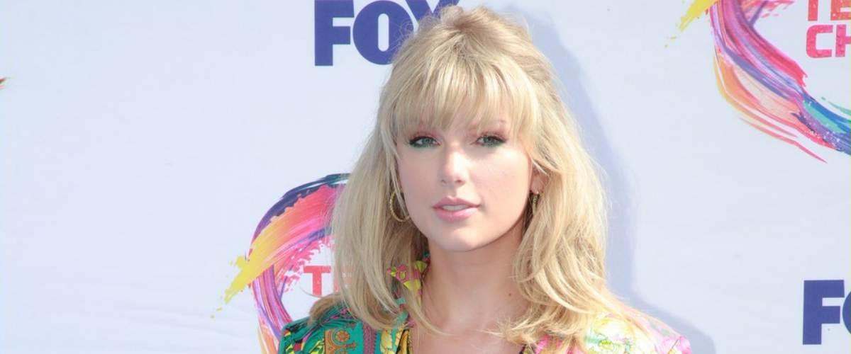 Тейлор Свифт стала «иконой» по версии Teen Choice Awards