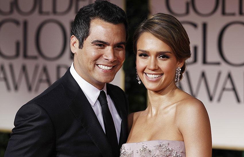 Джессика Альба с мужем звезды, которые вышли замуж женились на фанатах