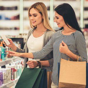 Дорогая vs дешевая: когда не стоит переплачивать за косметику