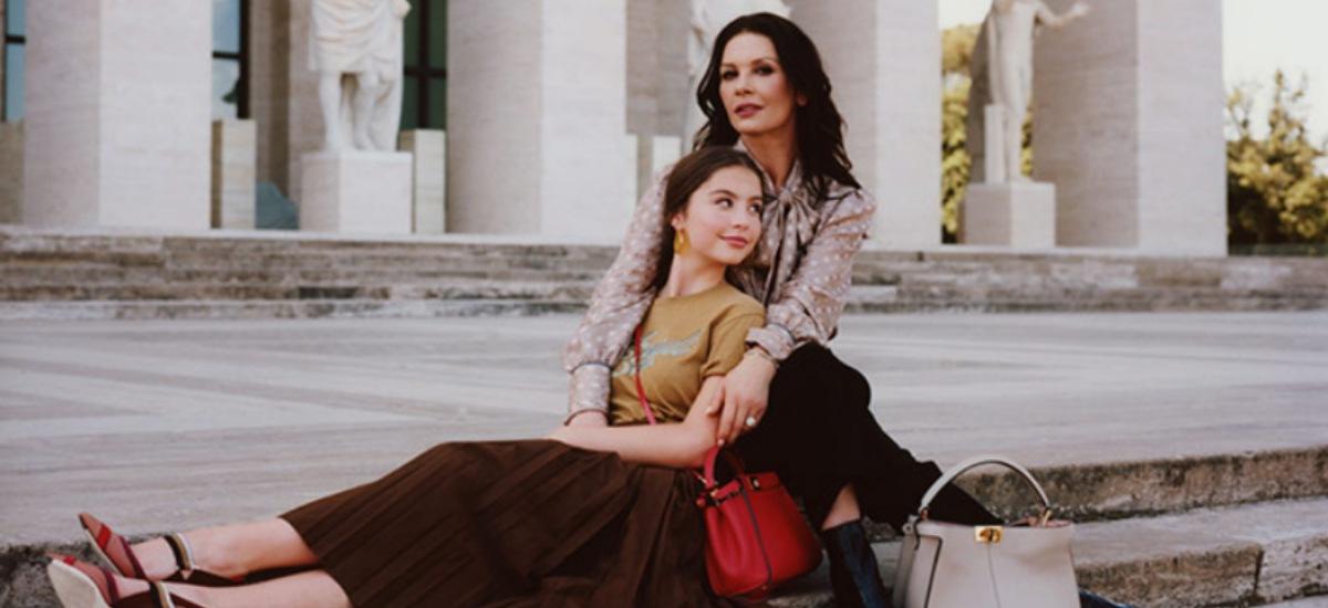 Кэтрин Зета-Джонс вместе с дочерью в рекламе Fendi