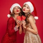 5 идей новогоднего подарка: чем порадовать подругу