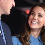Непростое украшение: почему Кейт Миддлтон носит три кольца на «обручальном» пальце