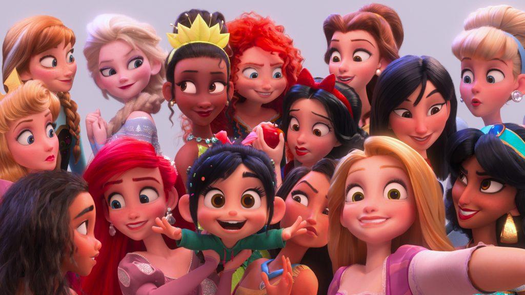 No make-up: как выглядят диснеевские принцессы без макияжа