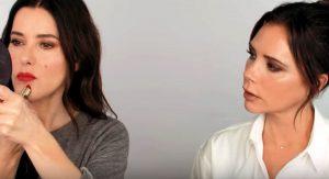 Объемные губы и фирменный пучок: Виктория Бекхэм поделилась бьюти-лайфхаками