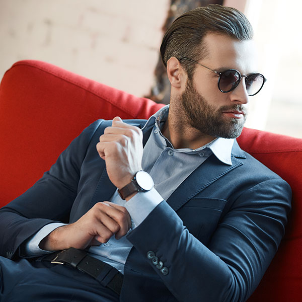 Золотые правила: как выбирать мужские украшения в подарок