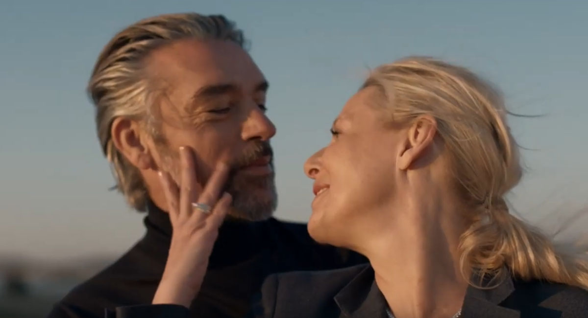 Cartier выпустил ролик ко Дню святого Валентина