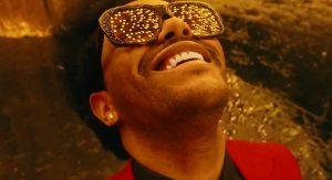 The Weeknd показал огни ночного Лас-Вегаса в клипе «Blinding Lights»
