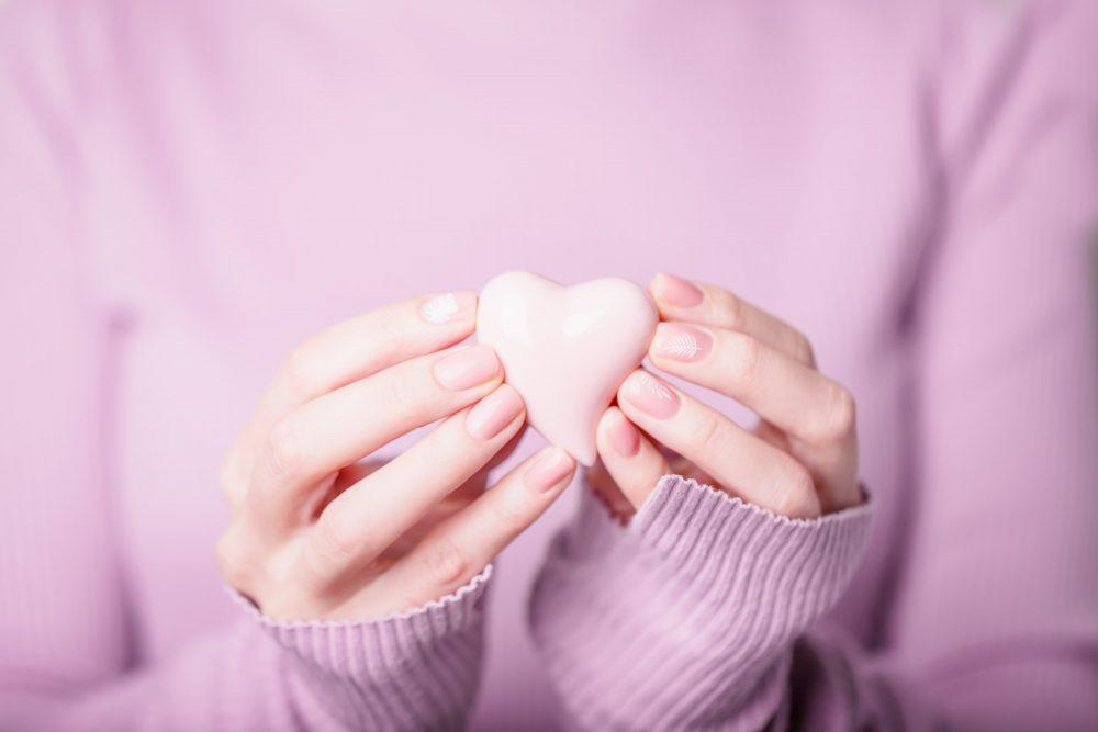 День всех влюбленных: 7 трендов романтичного маникюра