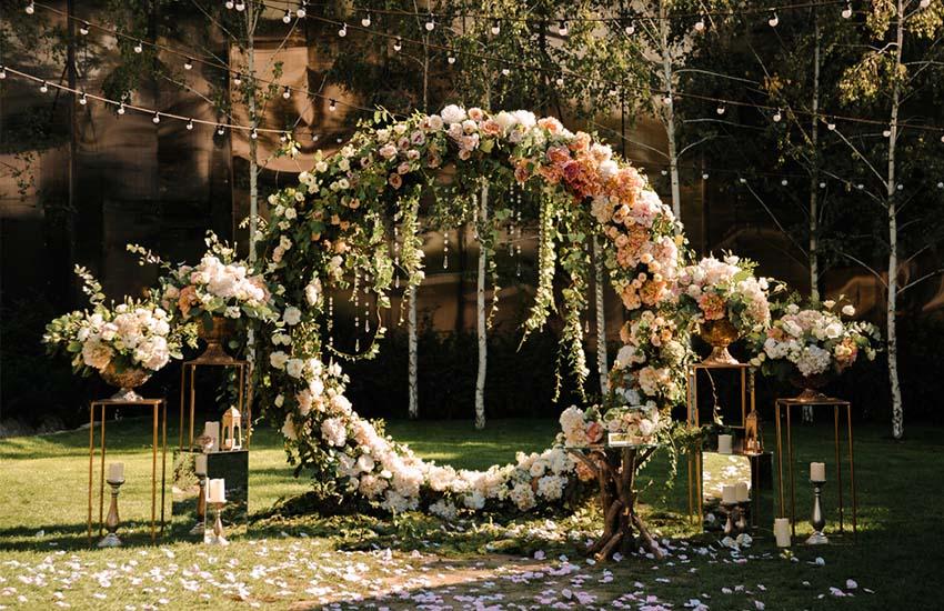 свадьба весной невеста жених подготовка к весенней свадьбы