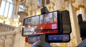 Apple снял на iPhone фильм-прогулку по Эрмитажу