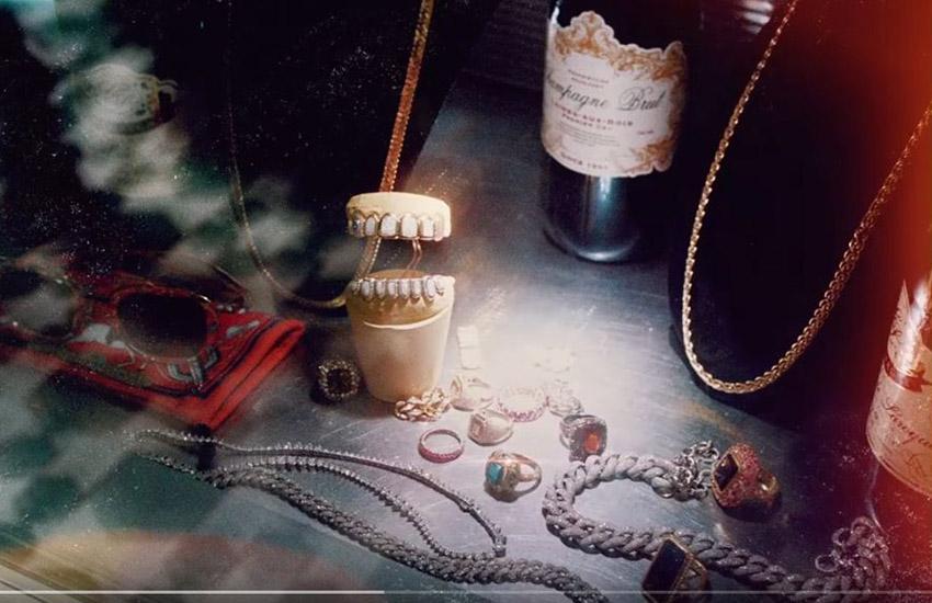 новый клипа о роскоши от АшераDon't Waste My Time