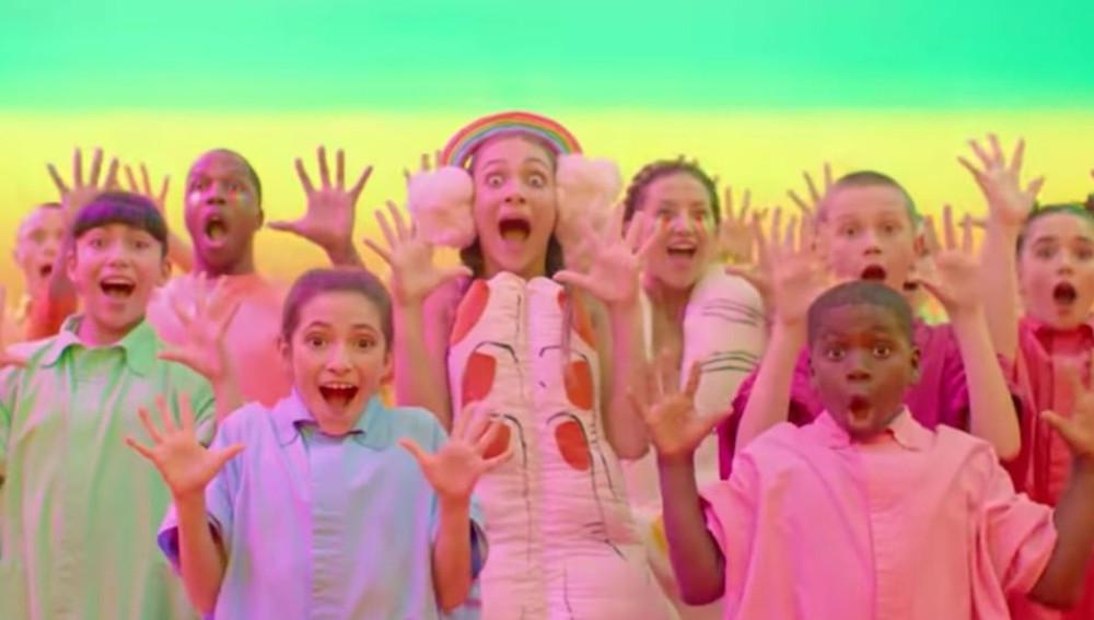 Sia выпустила клип на новый трек «Together»