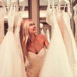 Платье-дублер: зачем нужен второй наряд на свадьбу