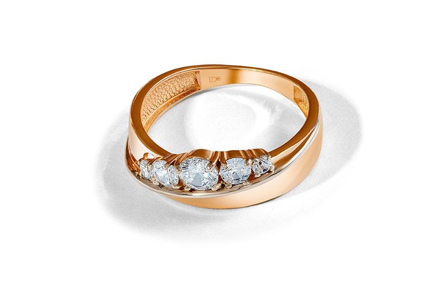 Кольцо с 5 камнями: скрытый символизм романтичного украшения
